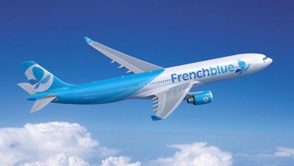 La compagnia Low Cost French Blue aspetta il suo Airbus per iniziare l'attività
