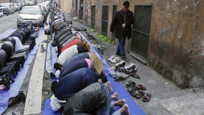700 moschee in Italia in faida per l'8x1000