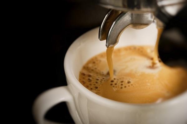 Dipendenza da caffeina, quali sono i danni creati dal caffè?